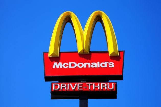 マクドナルドのロゴ イメージ画像