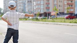 A 5 anni scappa da casa dei nonni e fa autostop: