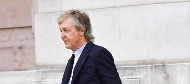 Paul McCartney à la Fashion Week de Paris, en mars