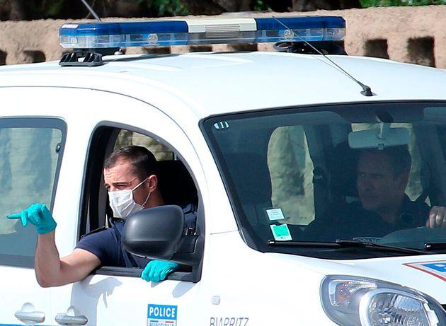 Par peur du coronavirus, ils avaient contraint une infirmière à déménager:...