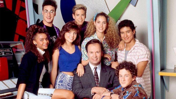 El reparto original de 'Salvados por la campana' (1989-1992).