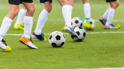 Pour 2 millions de footballeurs français, la saison est