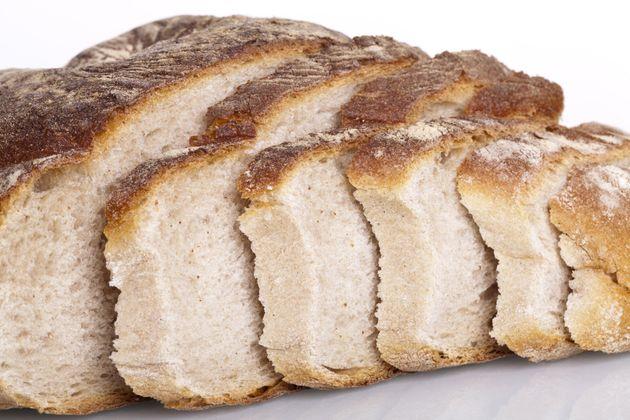 Pues todos con el pan