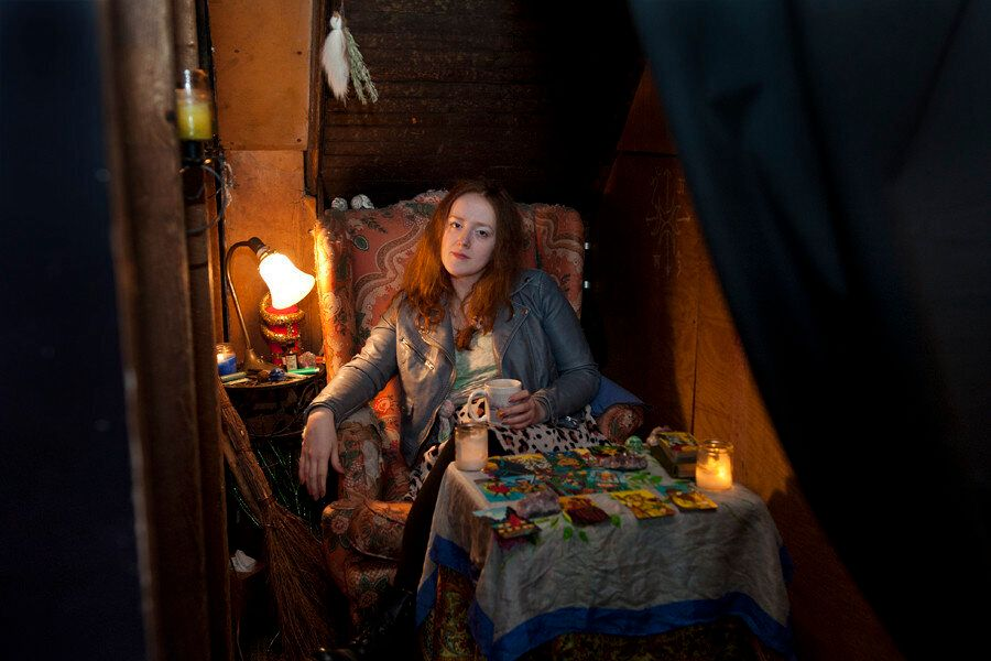 <em>Molly talks with HuffPost at Catland in Bushwick, Brooklyn. (Wendy George/Huffington Post)</em>