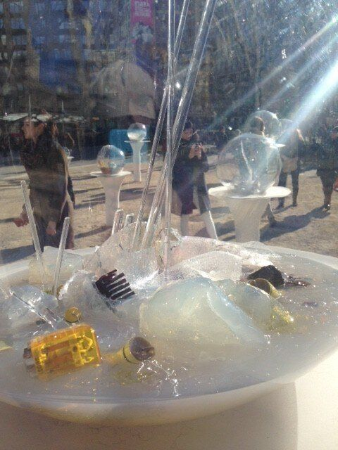 Paula Hayes, Gazing Globes (2015), Madison Square Park. Photo: Sarah Cascone.