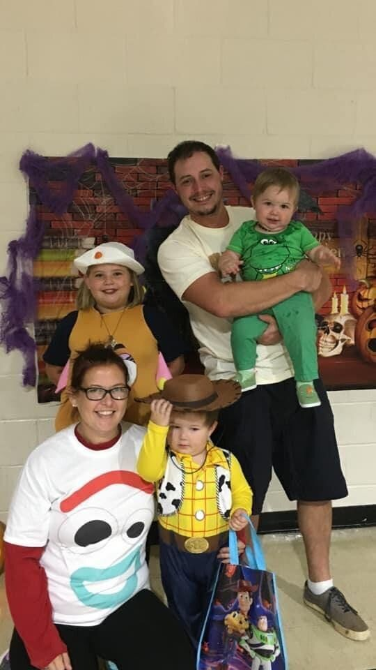 Kelly Hogan Painter and her family.