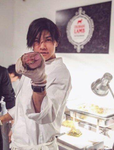 ニューヨークで肉の料理コンペに参加する島野雄さん