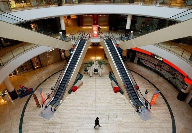 Los centros comerciales piden abrir todos los festivos hasta