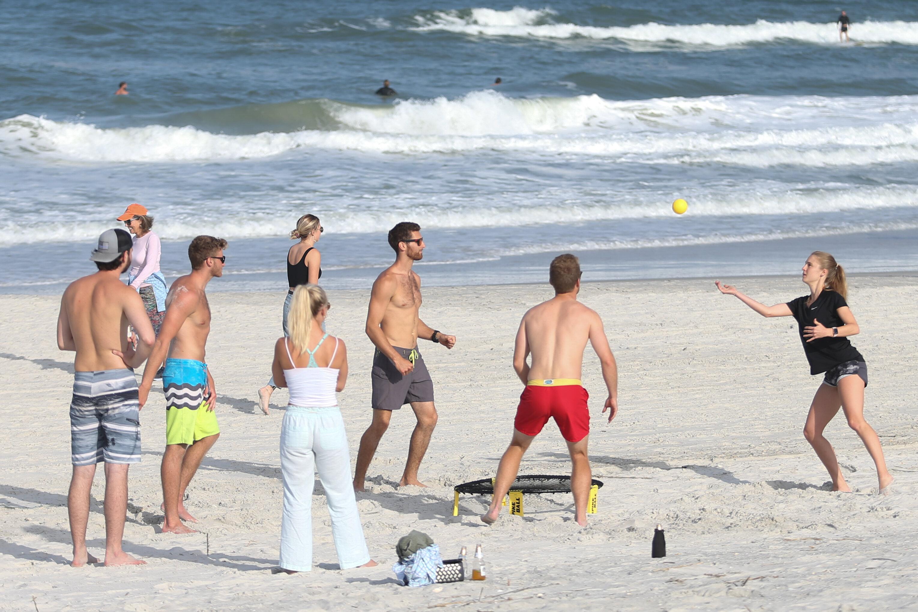 HANpper Aven/_gers Scarlet Witch Men Swimwear Swimsuits Boxer Shorts Trunks Surf Beach Board Shorts