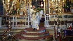 Ο «ιπτάμενος» ιερέας της Χίου έκανε την πρώτη Ανάσταση και μετά