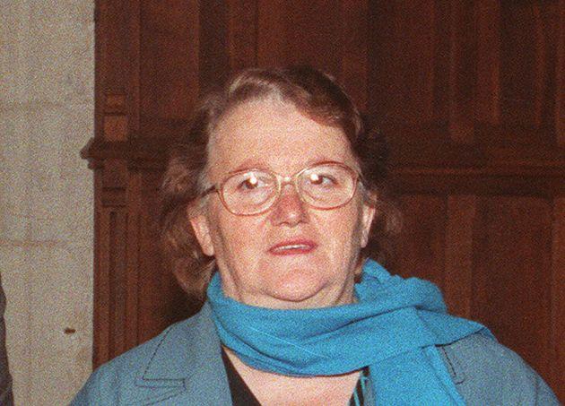 Monique Villemin, ici arrivant au palais de justice de Dijon le 3 novembre 1988 pour une confrontation...
