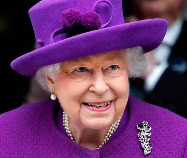 La Regina Elisabetta Si Prepara A Festeggiare I 94 Anni In Videochiamata L Huffpost