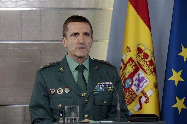 Fotografía facilitada por Moncloa, que muestra al jefe del Estado Mayor de la Guardia Civil, general...