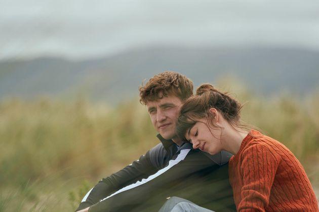 Daisy Edgar Jones and Paul Mescal as Marianne and