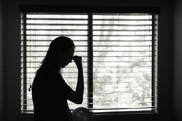 Número de registros de violência contra a mulher tem aumentado no Brasil durante