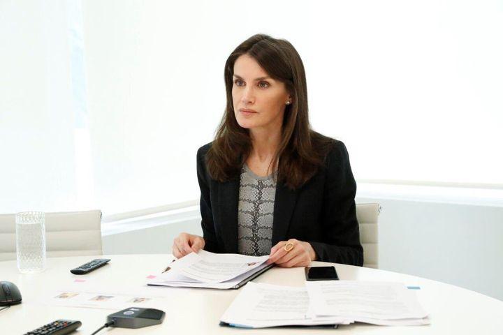 La reina durante una reunión con la Fundación Integra.
