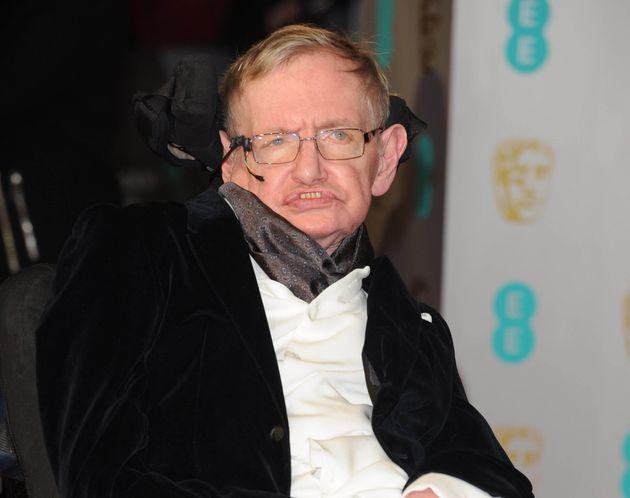Le respirateur de Stephen Hawking va être donné à un hôpital britannique (Stephen...