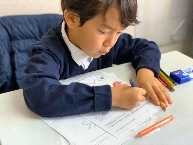 ブラジル人学校「エスコーラ・ネクター」の子ども