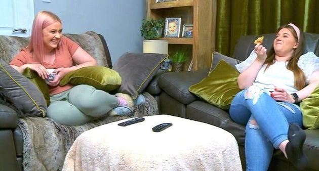 Ellie and Izzi have still filmed Gogglebox despite not living