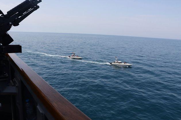 Το Ιράν απαντά στον Τραμπ: Τα πολεμικά πλοία των ΗΠΑ θα καταστραφούν αν μας