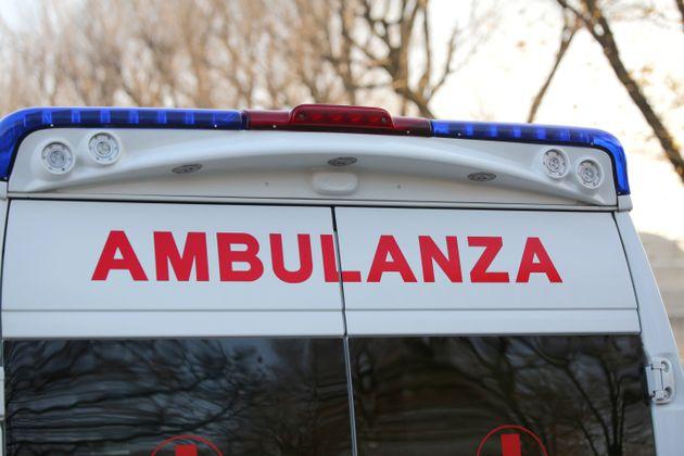 24enne muore a Genova: era in attesa del tampone, da 5 giorni con la febbre