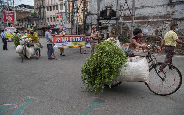 Ινδία: Μυστήριο με το ποσοστά θνησιμότητας που μειώνονται εν μέσω