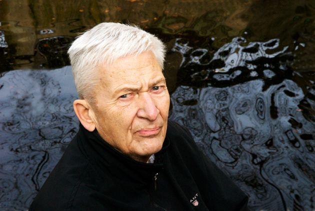 Per Olov Enquist, ici à Paris lors d'une séance photo promotionnelle en 2010, restera comme...