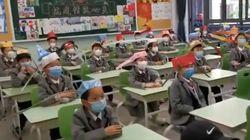 중국 초등학교가 1학년들에게 '사회적 거리' 지키게 한 방법 (사진,