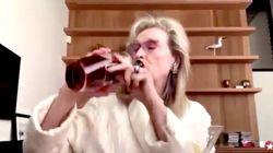 El detalle del vídeo de Meryl Streep bebiendo durante la cuarentena del que nadie habla: está en la