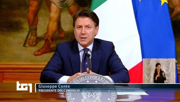 Conferenza stampa Giuseppe Conte, 26 aprile