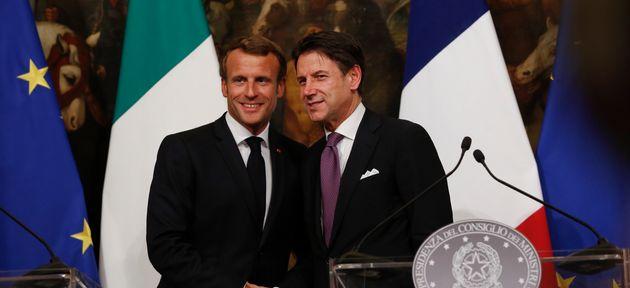 Emmanuel Macron et Giuseppe Conte, chef du gouvernement italien, photographiés avant le