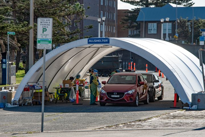 SYDNEY, AUSTRALIA - APRIL 21: COVID-19 drive through testing centre at Bondi Beach on 21 April, 2020 in Sydney, Australia. (Photo by Speed Media/Icon Sportswire via Getty Images)