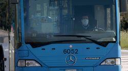 Stanco della quarantena, passa l'intera giornata sul bus: