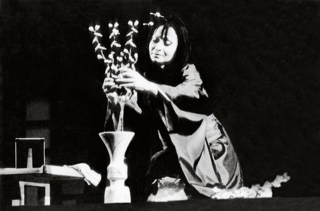 Η Ζανέτ Πηλού στην όπερα Μαντάμα