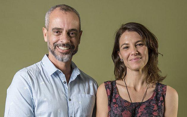 Marcos Nisti (roteirista) e Estela Renner (roteirista e