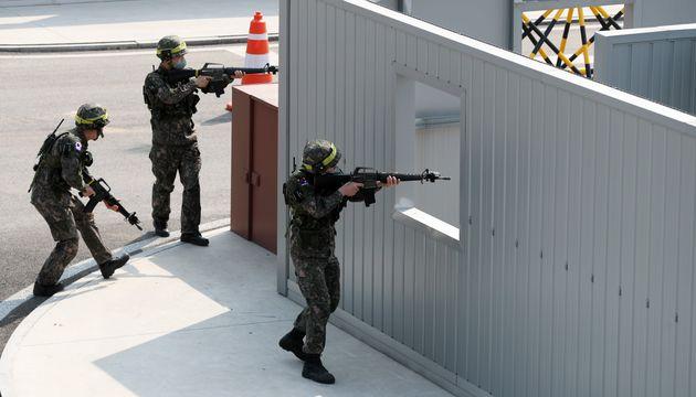 예비군 훈련 장면.