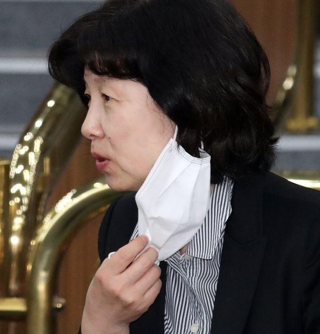 양정숙 더불어시민당 당선인이 28일 서울 여의도 국회에서 열린 더불어민주당 의원들 경제 공부 모임인 '경국지모'에 참석해