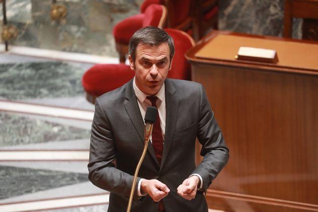 Le ministre de la Santé Olivier Véran, ici à l'Assemblée le mardi 29 avril,...