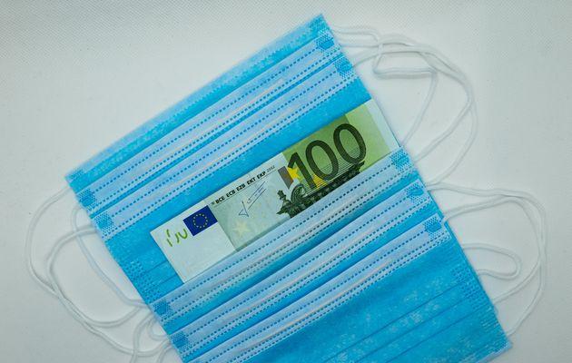 Ξεκινά η σταδιακή καταβολή των 800 ευρω για όσους δεν έλαβαν ακόμη το επίδομα λόγω