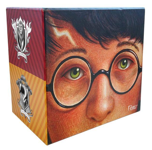 Box especial comemorativo com os sete livros da saga Harry