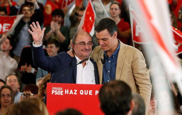 Javier Lambán y Pedro Sánchez, en un mitin del