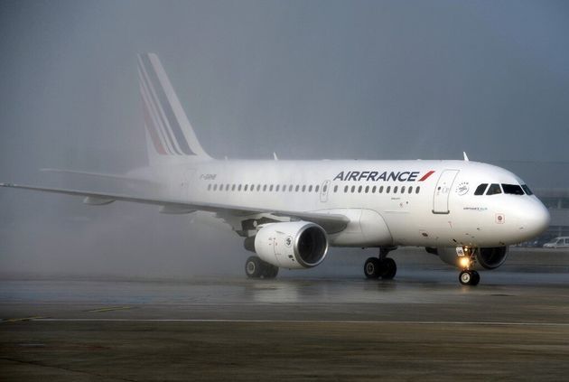 En échange de l'aide de l'État, Air France va