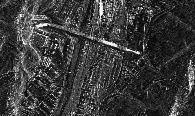 Il ponte di Genova fotografato dai satelliti