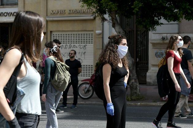 Η Πρωτομαγιά της νέας κανονικότητας - Πορεία με μάσκες και σημάνσεις για