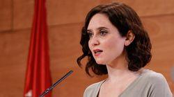 Ayuso elogia a la ministra Margarita Robles y la define como