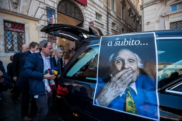 The coffin of late Radical Party leader Marco Pannella is carried at Piazza Navona during a laic ceremony...