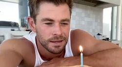 La original broma con la que Chris Hemsworth ha felicitado a Dwayne