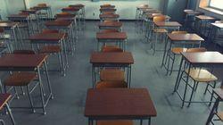 Écoles anglophones: pas à elles de décider des dates de réouverture, dit