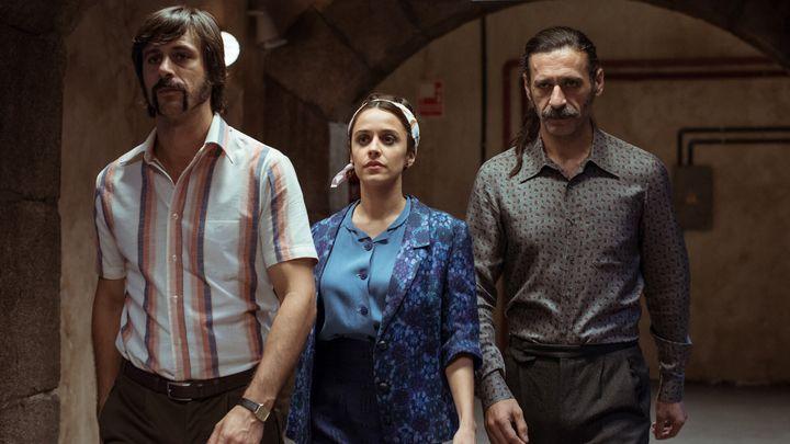 Pacino, Lola y Alonso en el último episodio de la tercera temporada de 'El Ministerio del Tiempo'.