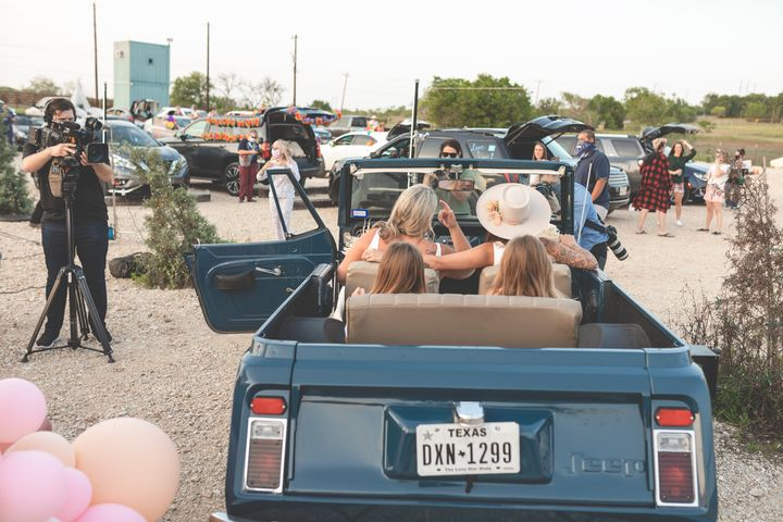 The couple rented an old-school Jeepster for the big occasion.